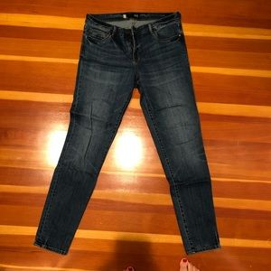 Kut from the Kloth toothpick skinny size 12
